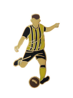 £6 • Buy Cambridge United Football Player Pin Badge In Retro Kit With Real Gold Plate