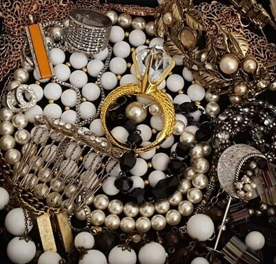 $ CDN52.25 • Buy Vintage Now Unsearched Untested NOT Junk Drawer Jewelry Lot Estate All Wear L960