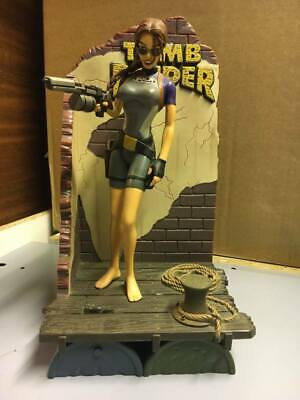 Lara Croft Tomb Raider - Playmates Wet Suit Statue / Model - 1998 • 9.99£