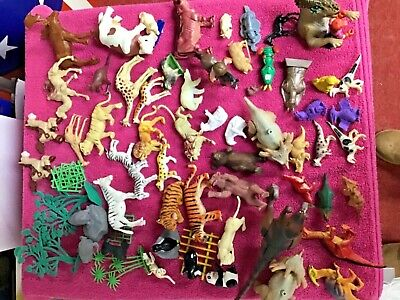 Large Bundle Of Plastic Animals (wild And Farm) And Dinosaurs • 5£