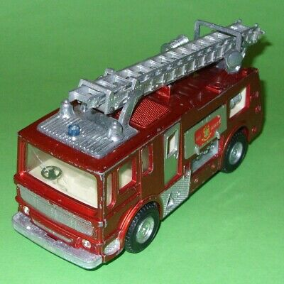 Dinky / 285 AEC Merryweather Marquis Fire Engine • 24.99£