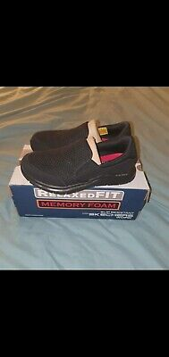 Sketchers Relaxed Fit Shoes • 34£