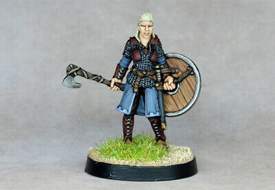 (SD) Painted (Hasslefree) - Viking Shield Maiden • 25£
