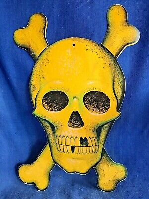 $ CDN127.03 • Buy Vintage Rare Halloween Embossed Die Cut Skull & CrossBones Wall Decoration 1940s