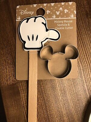 £10.50 • Buy BNWT Disney Primark Mickey Mouse Spatula & Cookie Cutter Set Stocking Filler