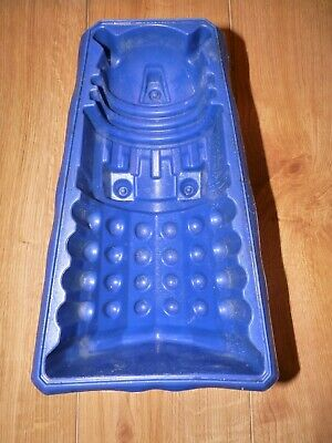 Dalek Kid's Party Cake / Jelly Mould 36cm Tall By 23cm W X 16cm.  VGC Used • 12.99£