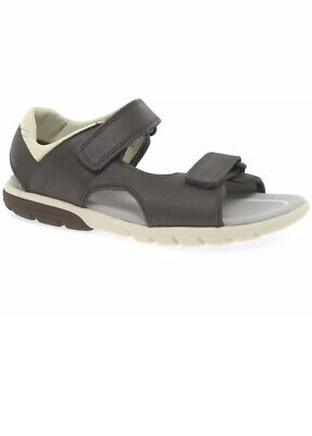 £18 • Buy Clarks Boys Rocco Wave K Brown Leather Sandals UK Size