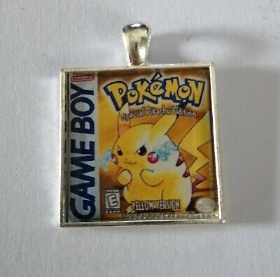Retro Gaming Necklace And Keyring Gameboy Cover Pokemon Yellow Pikachu  • 2.99£