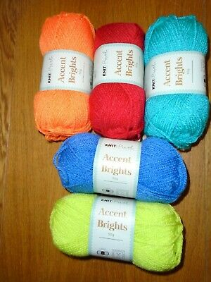 Job Lot 5 Balls Of Bright Colour Wool/ Yarn Double Knit • 5.99£