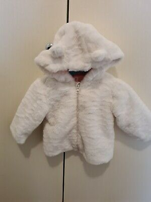 AU10 • Buy White Furry Beautiful Hooded Jacket - Size 0 (12 Months) Baby
