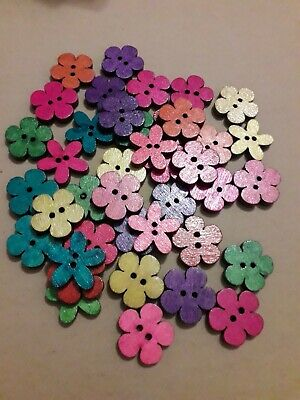 £2.09 • Buy 40 Assorted Colour Flower Shaped Wooden Buttons
