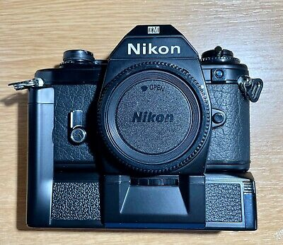 Nikon EM With MINT Motor Drive, Boxed • 35£