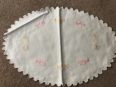 Vintage Embroidered Doiley, Dressing Table Mat • 1.50£