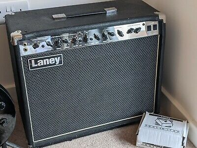 Laney LC30 Valve Amplifier + Foot Switch • 225£