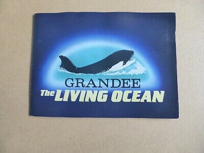 Grandee Cigarette Card Album THE LIVING OCEAN -complete Set • 3.50£