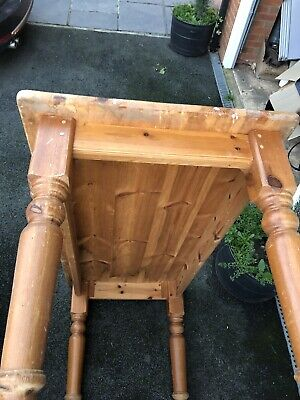 Pine Dining Table For Up Cycling • 50£