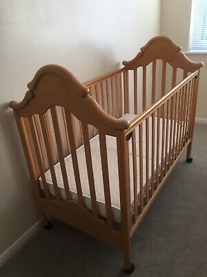Mamas & Papas Drop Side Cot With Mattress And Bedding, Good Condition. • 60£