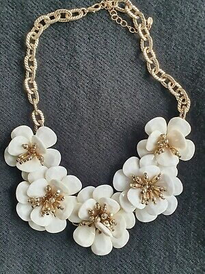 £8.50 • Buy Oasis Statement White Resin Flower Necklace W/adjustable Chain