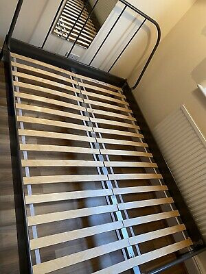 Double Bed Frame Metal • 80£