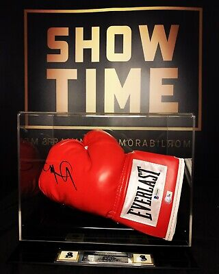 AU490 • Buy Miguel Cotto Personally Signed Boxing Glove With COA