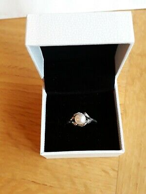 Genuine Pandora Ring Size 52 In Sterling Silver With Freshwater Pearl And Cubic • 20£