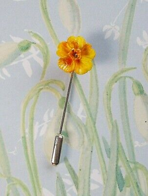 £4.95 • Buy Tiny Yellow DAFFODIL PIN Floral Wedding Lapel Pin ST DAVID'S Flower HAND PAINTED