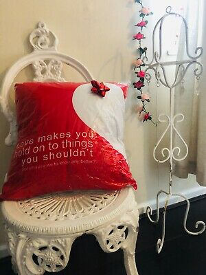 Cushion And Insert Red Love Quote 18x18 White Heart Gift /homeware Cushion • 9£