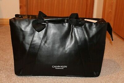 Calvin Klein Fragrances Black Faux Leather Weekend /Travel/Holdall/Duffle Bag • 11.99£