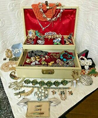 $ CDN192.50 • Buy Vintage Lot Costume Jewelry Estate Collection Many Designer Signed W/ 1960's Box