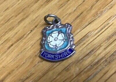 Vintage Sterling Silver Charm YORKSHIRE ROSE Travel Enamel Shield 1/2  X 1/2  • 5£