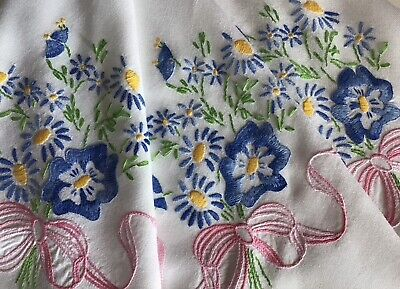 Lovely Vintage Hand Embroidered Tablecloth~floral Ribboned Posies/lace Trim. • 18£