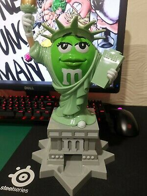 M&M Sweet/candy Dispenser (green Ms Liberty) • 5£