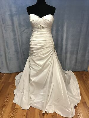 AU387.48 • Buy Maggie Sottero Wedding Bridal Gown Dress Size 12 White NEW #61