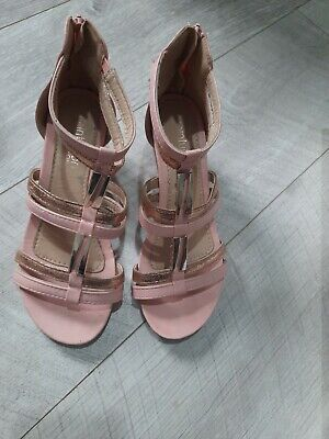 Ladies Pink Gold Sandals  Wedge  Size 5 • 6£