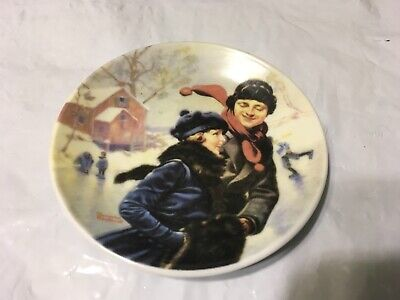 """$ CDN25.11 • Buy Norman Rockwell's 4"""" Mini Collection Plates Set Of 3 """"Preowned"""" FREE SHIPPING"""