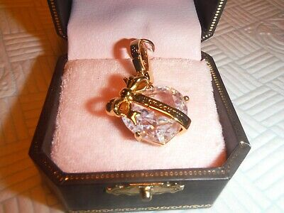 £49 • Buy Juicy Couture GOLD C-Banner HEART Bracelet Charm YJRUOC09 Retired NEW