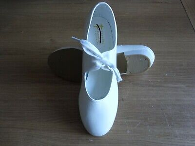 White Pu Tap Dance Shoes Low Heel Girls/adult Uk Size 6 - Missing Tap • 0.90£