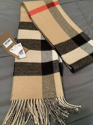 $600 • Buy Cashmere Burberry Scarf