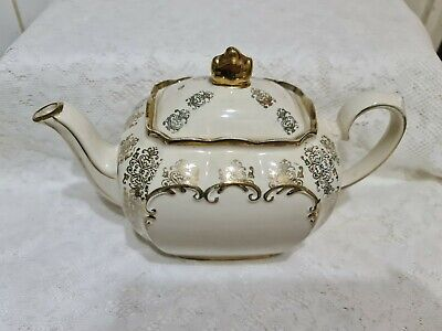 £40 • Buy Lovely Sadler Cream And Gold English Cube Shaped Teapot And Milk Jug
