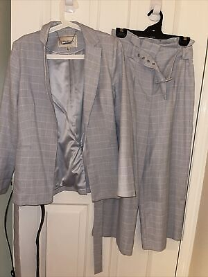 AU40 • Buy Forever New Pants And Jacket Formal Set Size 8
