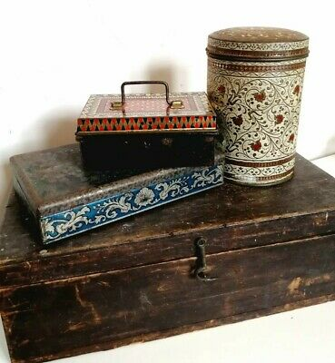 Collection Of 3 X Vintage Metal Patterned Biscuit Sweet Tins • 9.95£