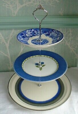 3 Tier XL Hostess Cake Stand Mismatched Blue & White Floral Plates  • 6.99£