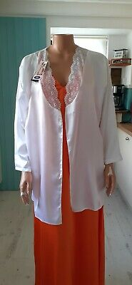 AU1.76 • Buy NEW White Silk Dressing Gown Size 16 (no Belt)