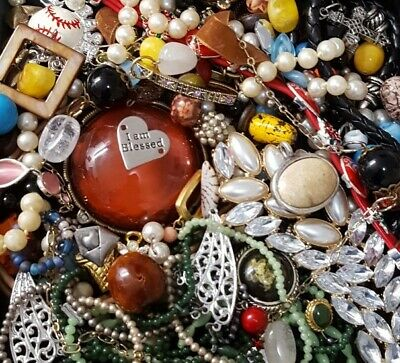 $ CDN27.82 • Buy Vintage Now Unsearched Untested Junk Drawer Broken Jewelry Charm Bead Lot 917