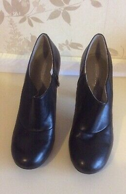 £10 • Buy Rockport Ladies Shoes Size 7 (41)