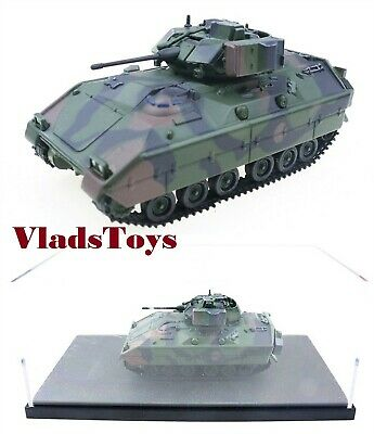 $28.95 • Buy M2 Bradley Infantry Fighting Vehicle 1/72 US Army Three-Tone Camouflage RS12107A