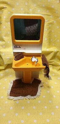 £9.99 • Buy Vintage Sindy Pedigree 1970's Bathroom Basin Sink With Mat, Flannel And Towel