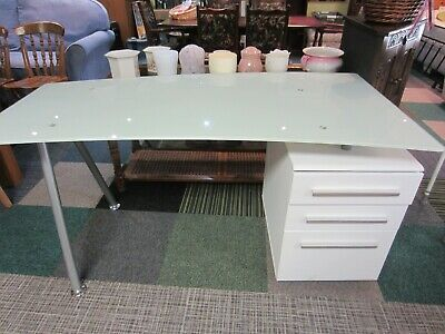£45 • Buy Modern Glass Topped Curved Desk With Drawers