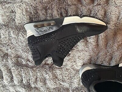 £80 • Buy Ash Trainers Size 40