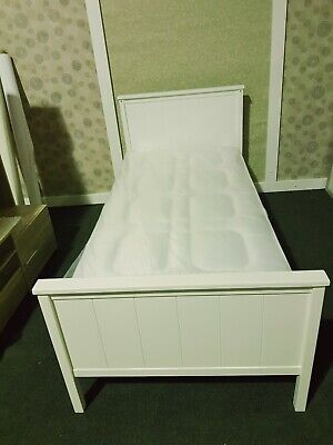 £80 • Buy **New White Solid Wooden Single Bed*      *Read Description**